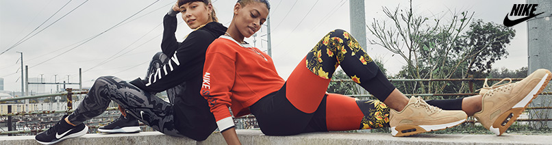 the latest 82313 13102 Naisten tennarit   Nike Performance